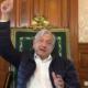 """Hoy recordamos el 27 de abril de 2020, cuando López Obrador anunció que """"domamos la pandemia"""". Ter-Nu-Ri-Ta, hoy tenemos 215,113 fallecidos."""