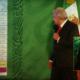 El presidente López Obrador aprovecha la veda para contarnos que se rompió récord de vacunación ayer; no piensen que es propaganda, es info que cura.